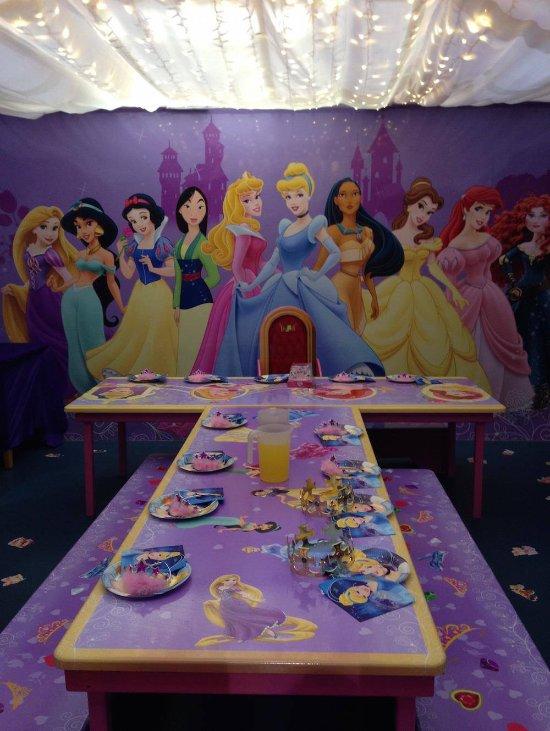 Princess Castle Party Room - Picture of Base Entertainment