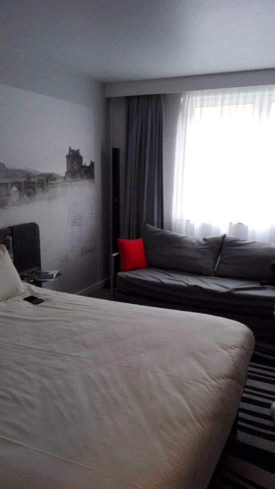novotel edinburgh centre hotel reviews photos price. Black Bedroom Furniture Sets. Home Design Ideas