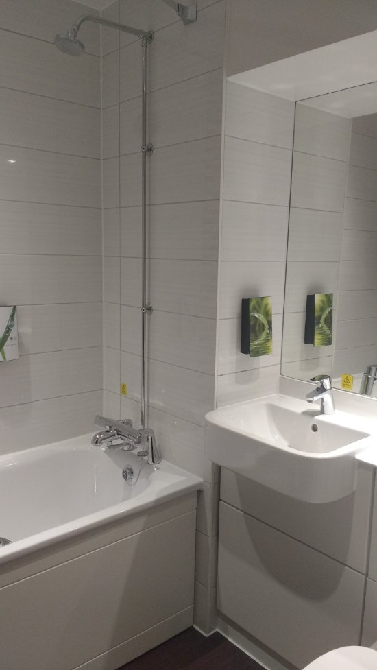 Premier inn bedford town centre riverside hotel updated 2018 reviews price comparison Premiere bathroom design reviews