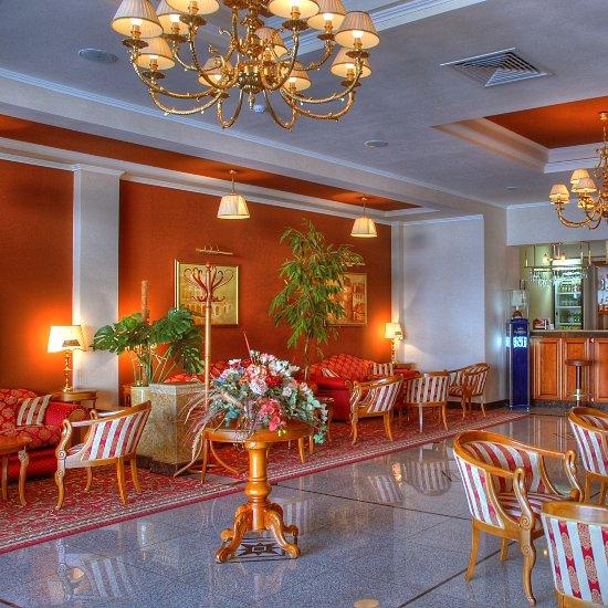 Отель Ред Роял