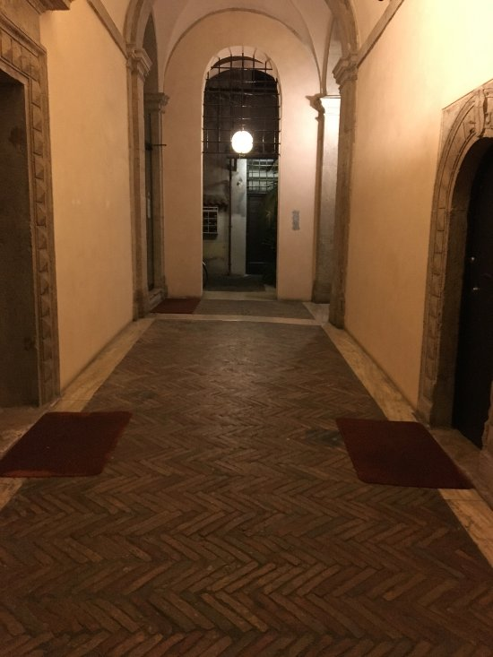 SANTA CROCE GUEST HOUSE - Prices & B&B Reviews (Rome, Italy
