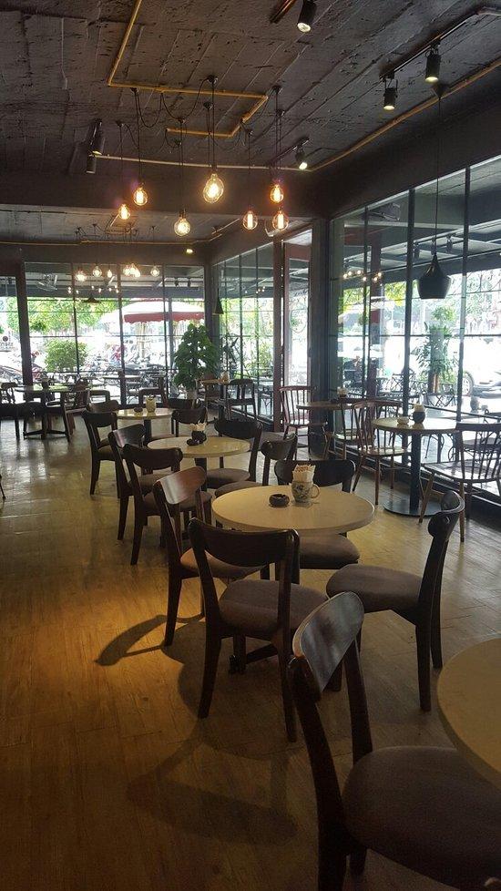 Phong Hong Cafe And Bakery