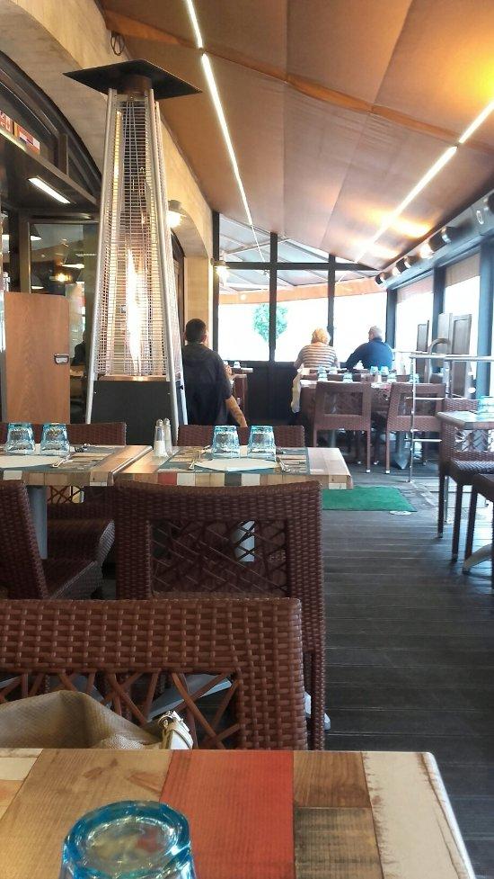 Brasserie au 6 juin arromanches les bains restaurant for Bains les bains restaurant