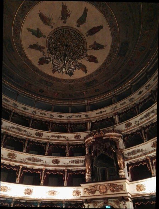 Things To Do in Sinagoga, Restaurants in Sinagoga