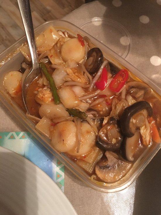 Man 39 s chinese cuisine london restaurant reviews phone for 8 cuisine london ontario