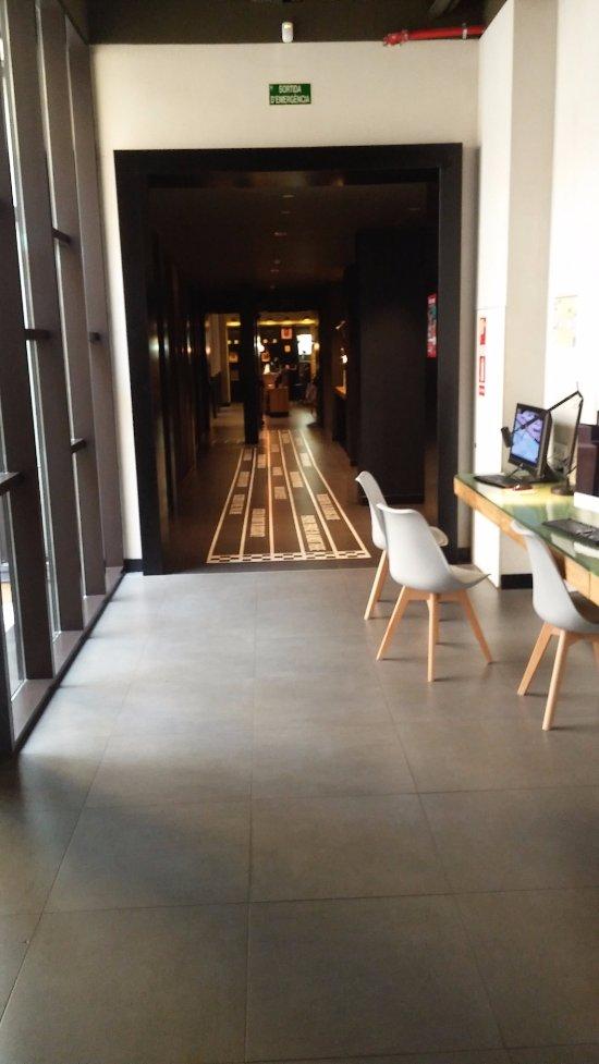 Toc hostel barcelona updated 2017 reviews price comparison catalonia tripadvisor - Toc toc barcelona ...