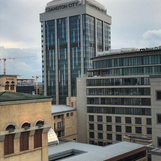 Michelangelo towers sandton afrique du sud voir les for Salle a manger johannesburg