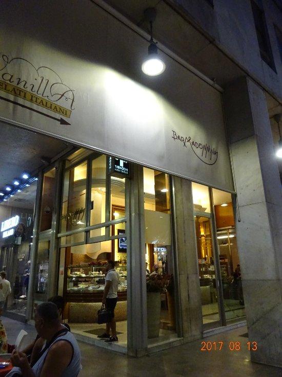 Bar madonnina milano centro storico ristorante for Bar madonnina milano