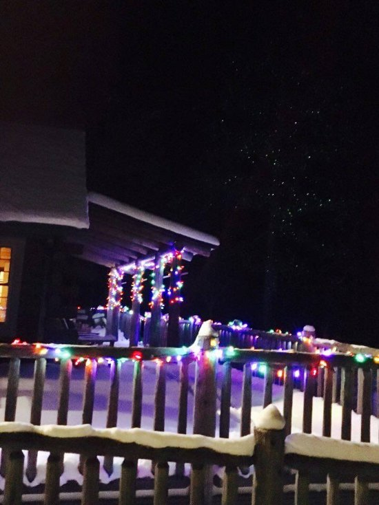 Lodge Deck Holiday Lights