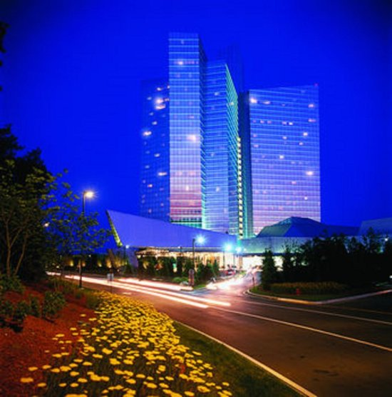 mohegan sun casino hotel spa