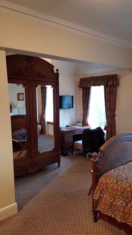 Stanley Hall Room Reservation
