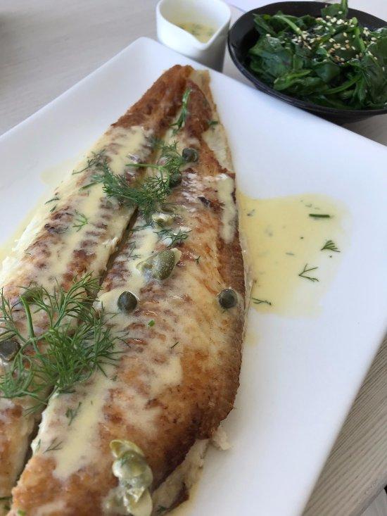 Le notre kuwait city restaurant reviews phone number for Dover sole fish