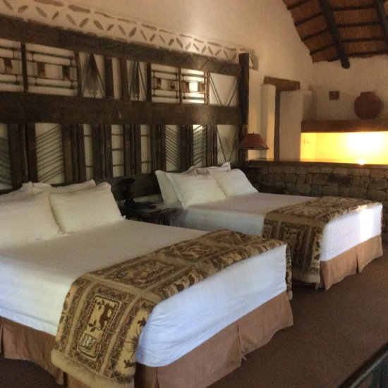 Ancient city lodge updated 2017 reviews price for Dining room suites zimbabwe