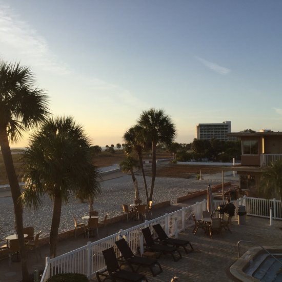 Camelot Waterfront Inn Updated 2017 Reviews Price Comparison North Palm Beach Fl