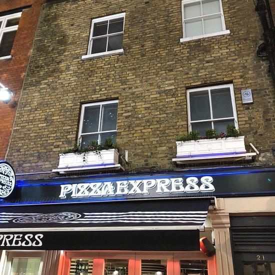 pizza express victoria street liverpool