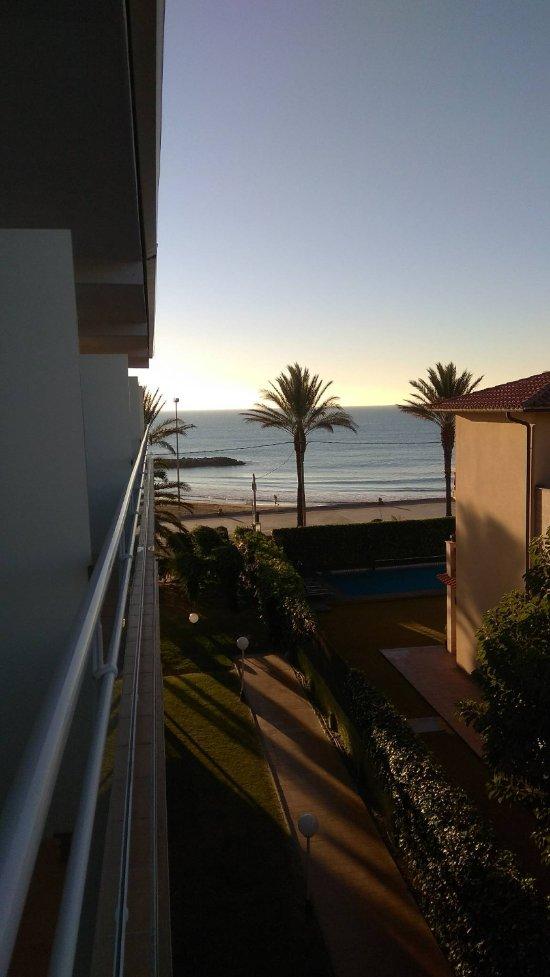 Hotel subur maritim desde sitges espa a - Hotel casa vilella ...