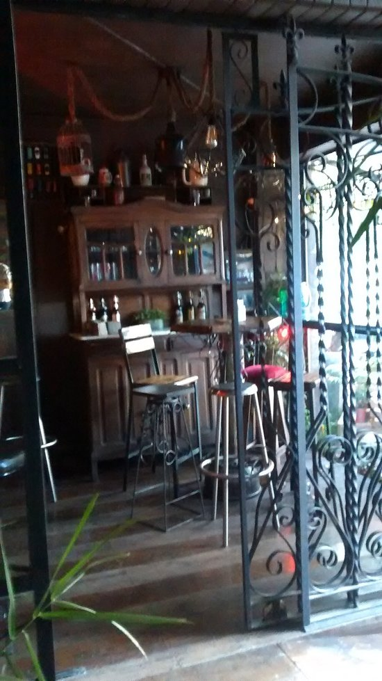 Things To Do in Plaza 25 de Mayo, Restaurants in Plaza 25 de Mayo
