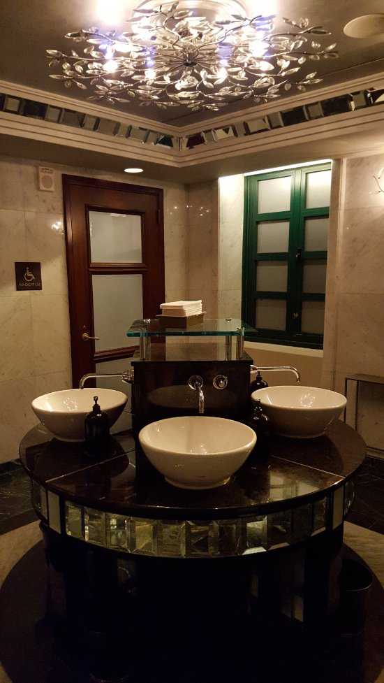 Condado Vanderbilt Hotel Updated 2018 Prices Amp Reviews