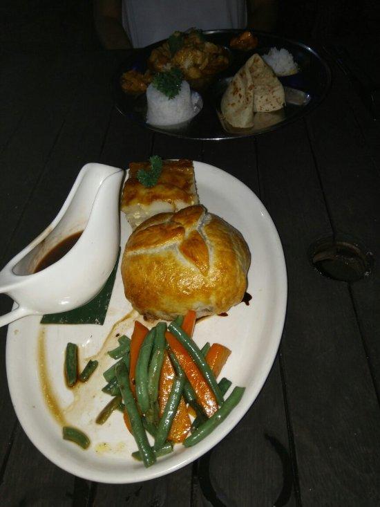 Vaima Polynesian Bar And Restaurant