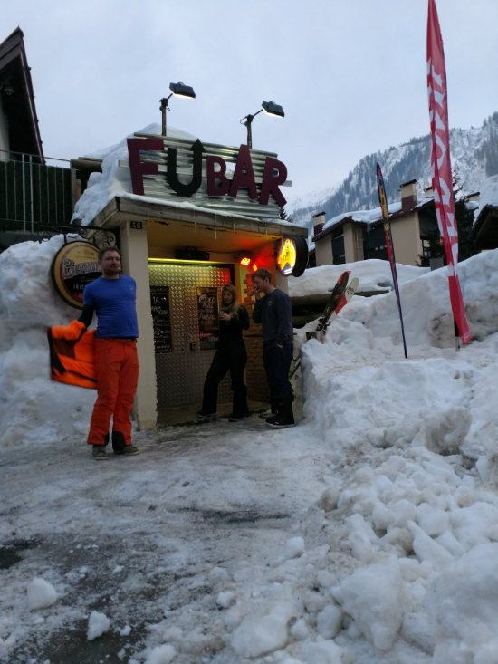 Things To Do in Lac Blanc, Restaurants in Lac Blanc