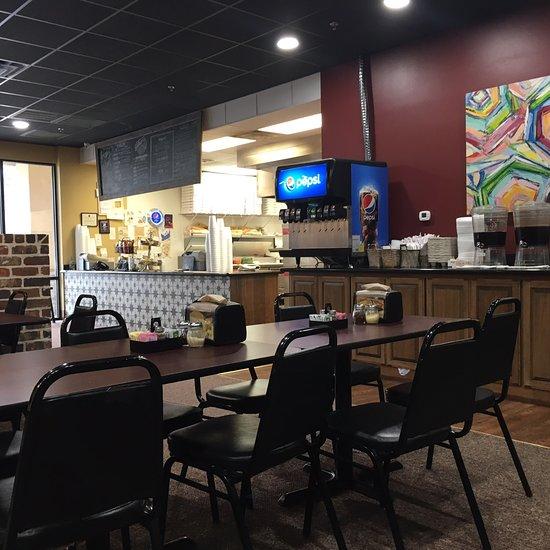 Gilbert's Louisiana Pizza House, Leesville - Restaurant