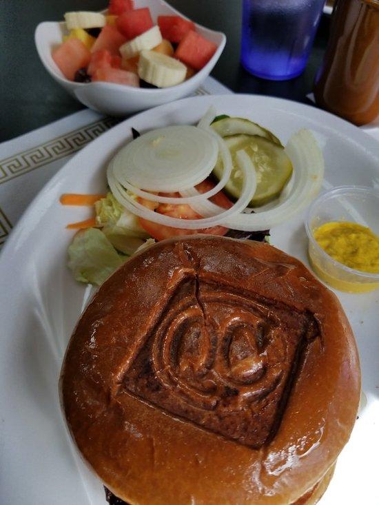 QC Coffee And Pancake House, Rock Island
