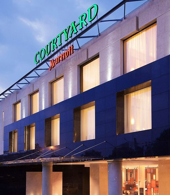 Courtyard by Marriott Kochi Airport