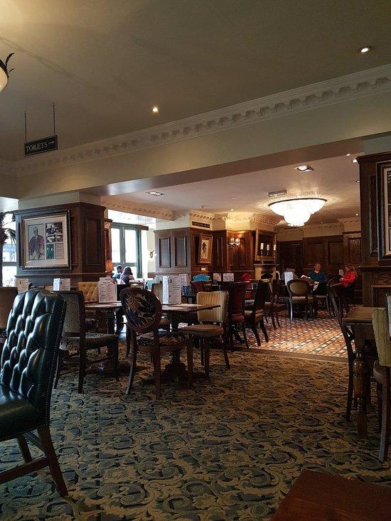 Things To Do in Goddington Park, Restaurants in Goddington Park