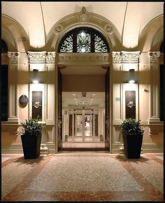 이 포티시 호텔