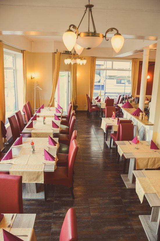 restaurant valentino neum nster restaurant bewertungen telefonnummer fotos tripadvisor. Black Bedroom Furniture Sets. Home Design Ideas