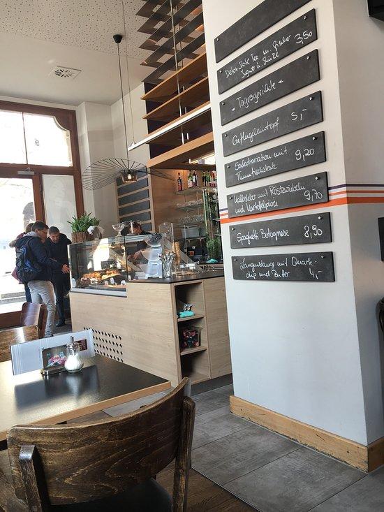schwarzmarkt caf dresden innere neustadt restaurant bewertungen telefonnummer fotos. Black Bedroom Furniture Sets. Home Design Ideas