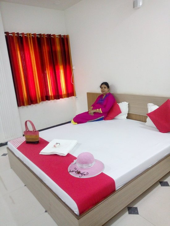 OYO 9135 Shree Krishna Hotel