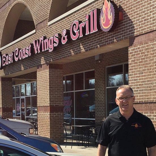 Travelers Inn Winston Salem Nc: East Coast Wings & Grill, Winston Salem