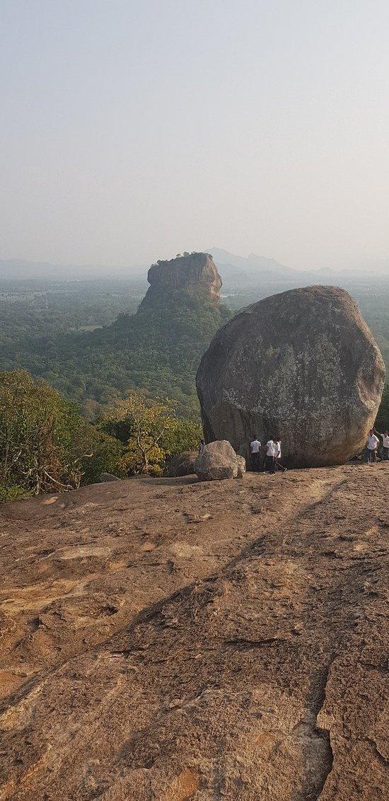 Pidurangala, Kaudulla Reserve, Inn on thr Tree, amd more