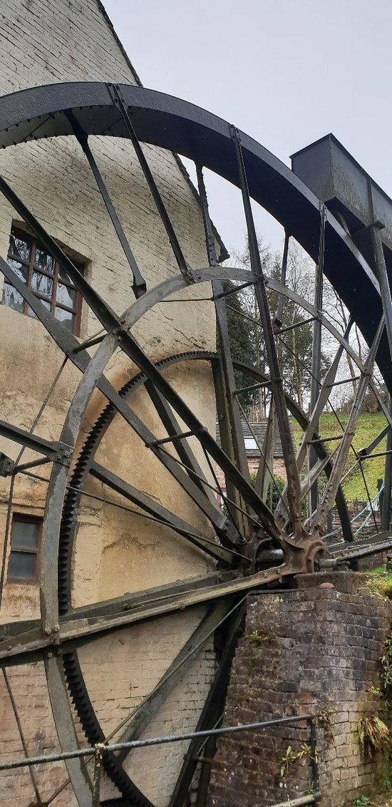 Largest working water wheel in England