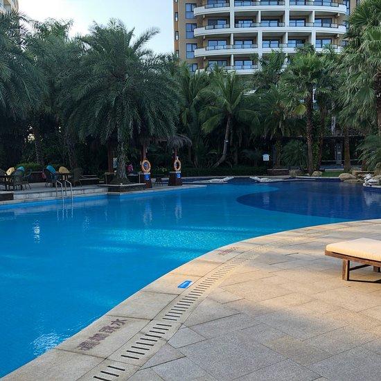 Holliyard Sea View Resort Hotel