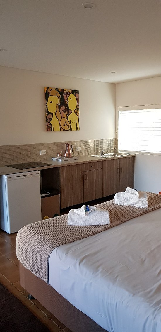 Room 10 was Very Comfortable & Well Equipped