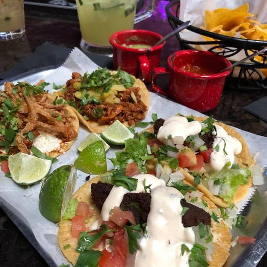 La Vaca Margarita Bar, Chicago - Pilsen - Restaurant Reviews