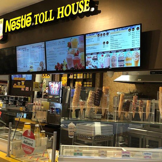 Nestle Toll House Cafe, Schaumburg - Restaurant Reviews