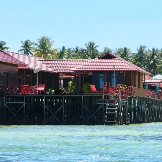 reza homestay prices cottage reviews tanjung redeb indonesia rh tripadvisor com