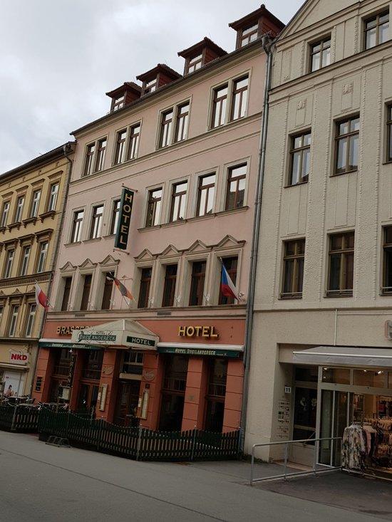 Hotel und Parkhaus Dreilaendereck