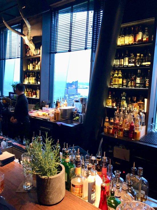 clouds - Heaven\'s Bar & Kitchen, Hamburg - Restaurant Reviews, Phone ...