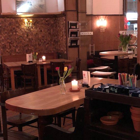geissel d sseldorf bilk restaurant bewertungen telefonnummer fotos tripadvisor. Black Bedroom Furniture Sets. Home Design Ideas