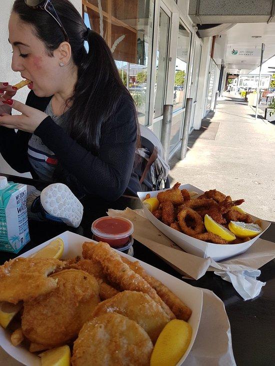 Sea salt fish chips sawtell restaurant bewertungen for Sea salt fish grill