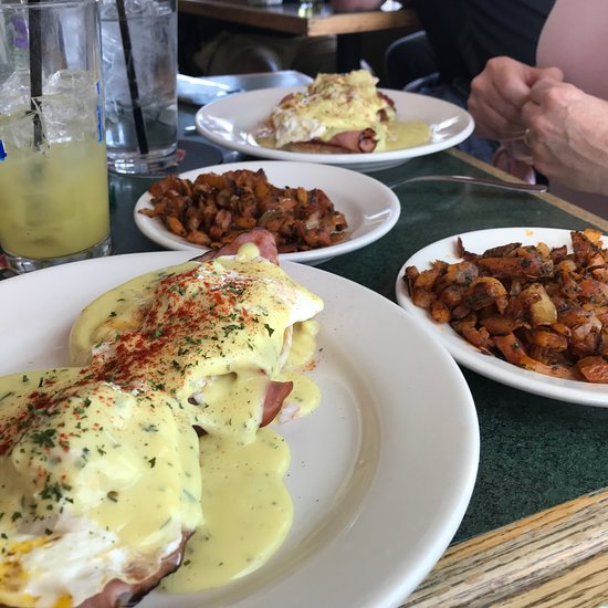 brewster s fine food and drink brewer restaurant reviews photos rh tripadvisor com