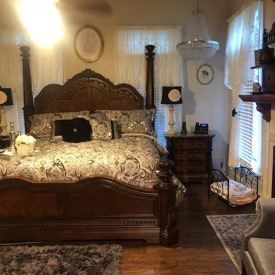 Bridget's Bed & Breakfast