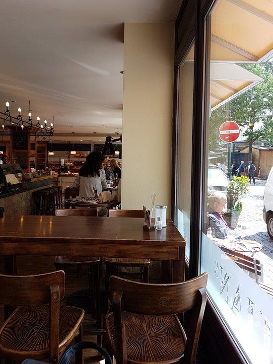 bastians b cker d sseldorf altstadt restaurant bewertungen telefonnummer fotos tripadvisor. Black Bedroom Furniture Sets. Home Design Ideas
