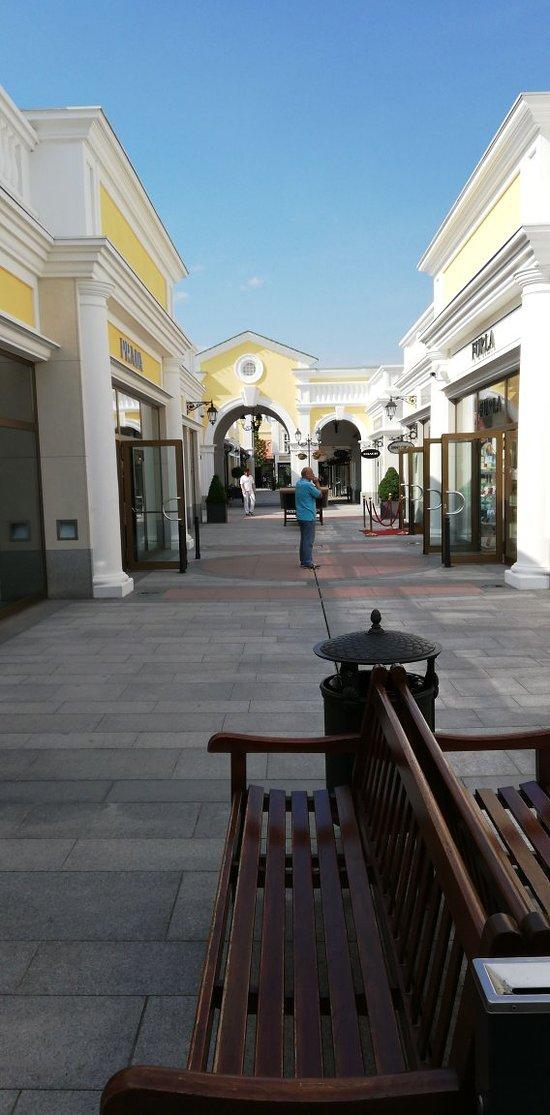 Fashion Outlet Parndorf (Rakúsko) - Recenzie - TripAdvisor 4ac6470d383