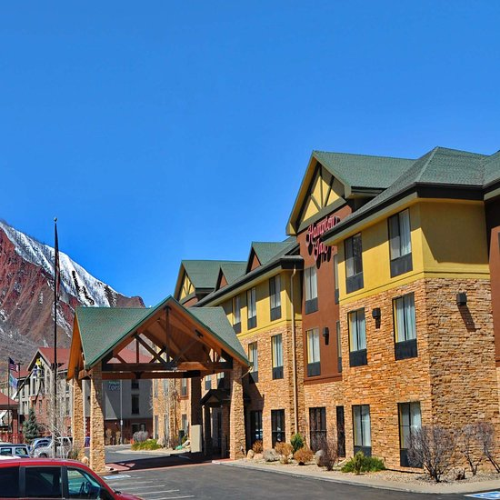 Cheap Glenwood Springs Packages & Holidays