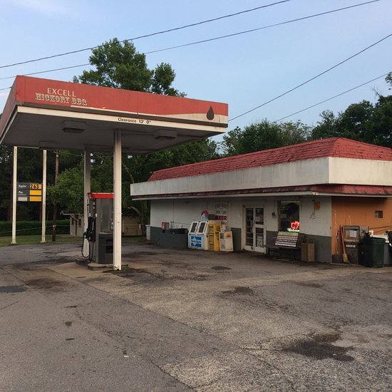 Excell Grocery & Bar-B-Q, Clarksville